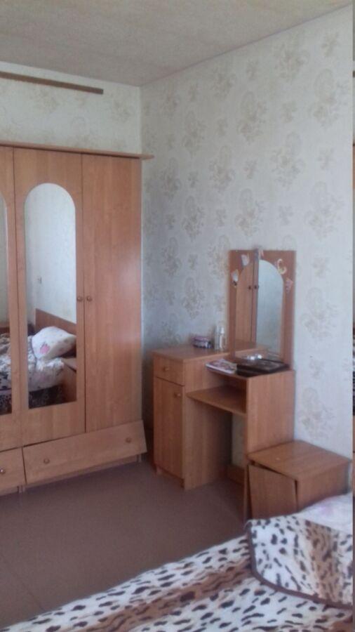 Продается 4 комнатная квартира,3 микрорайон,Ясиноватая