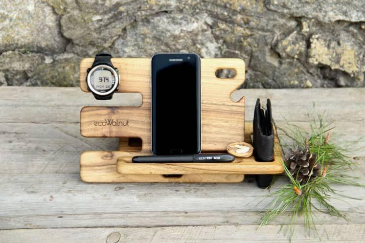 Органайзер держатель из дерева для телефона кошелька часов монет ручки