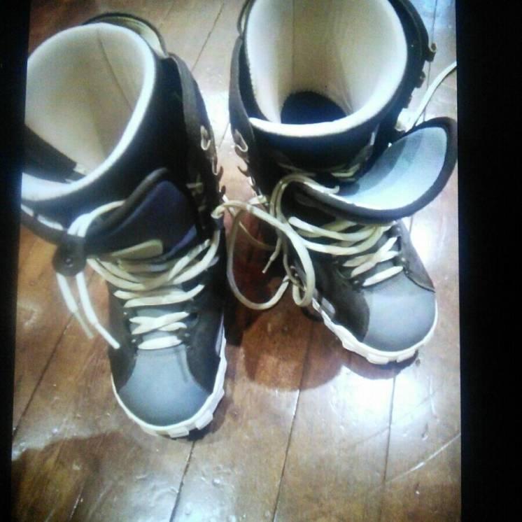 ботинки для сноуборда,две пары