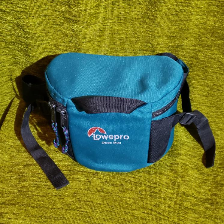 Сумка чехол Lowepro для фотоаппарата (original)