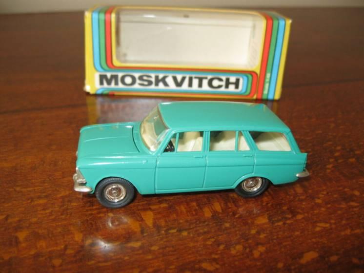 Модель 1:43 Москвич 426 А3
