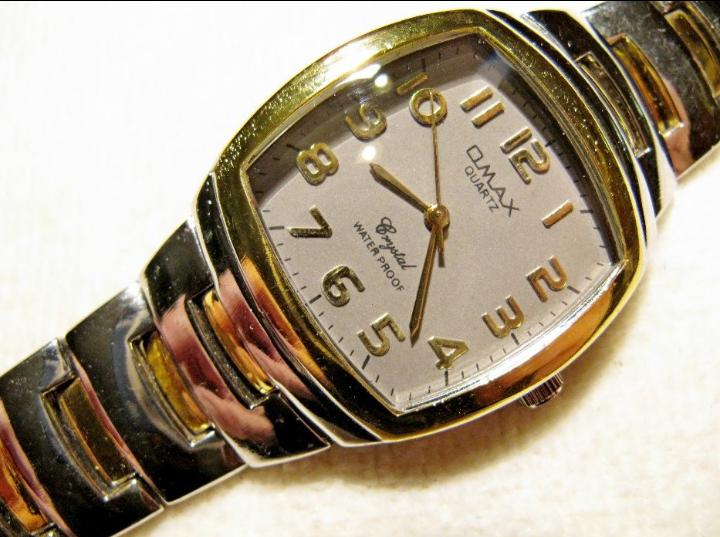 Часы Omax в коллекцию, 2000-х годов,механизм Epson, новые