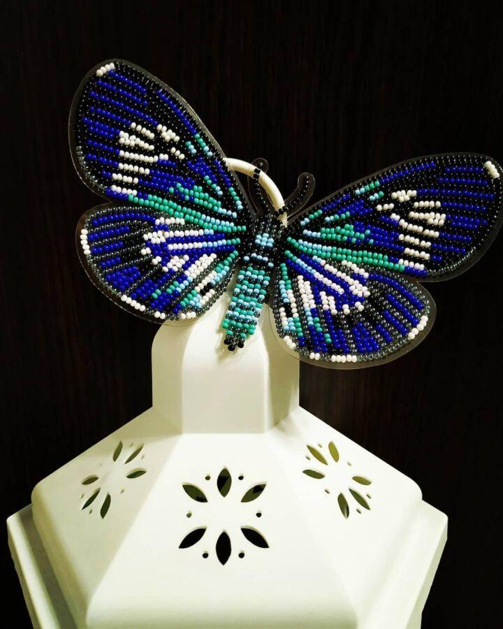 Бабочка магнит вышитая бисером