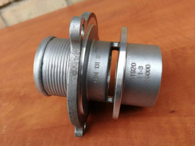 Патрубки, фланцы, глушитель турбины - VW GOLF -7 GTI - 2.0 TFSi / VAG