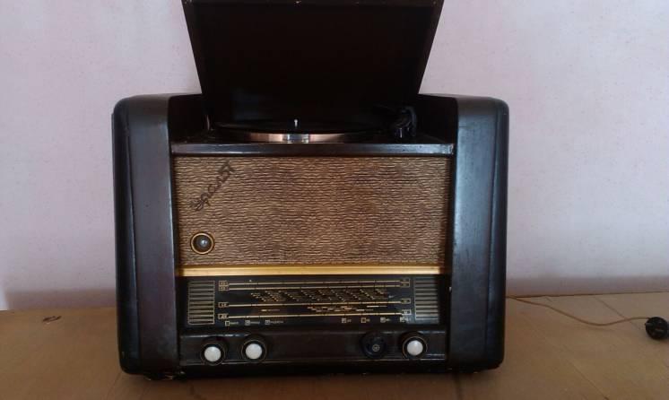 радиола Урал-57