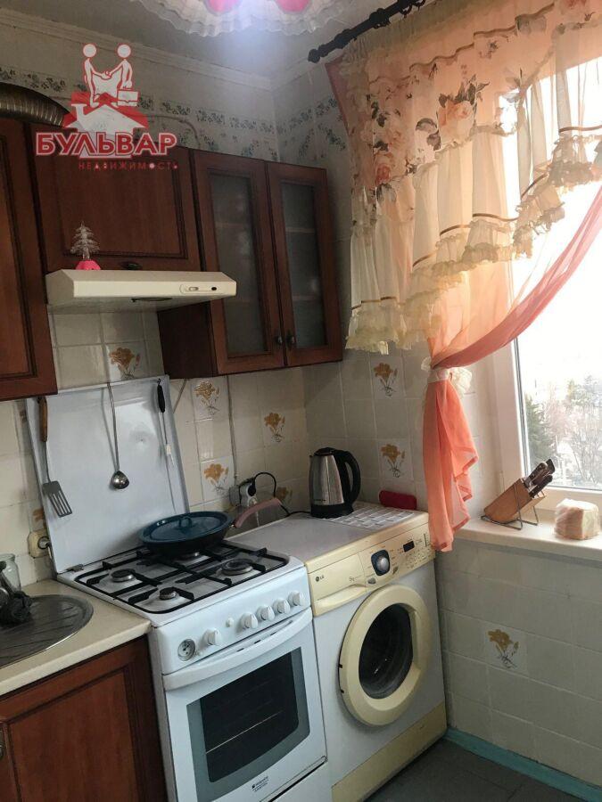 Продам 3 комнатную квартиру на Салтовке в 602 м/р