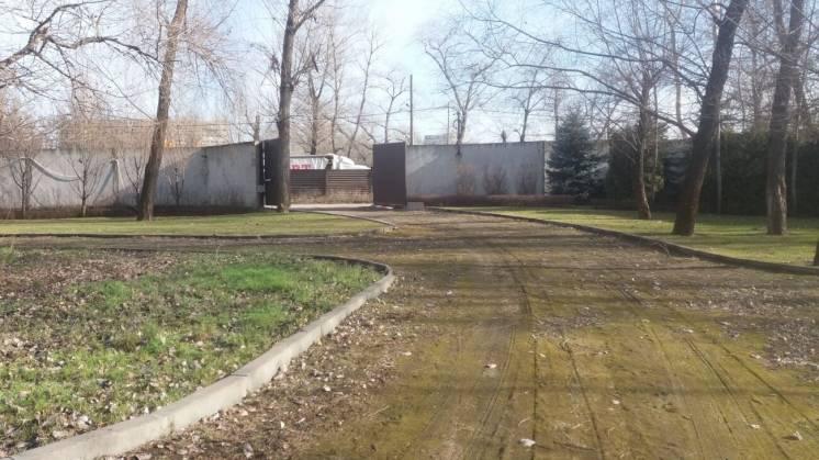 Продается комплекс нежилых сооружений, на берегу р. Днепр, (р-н Волна)