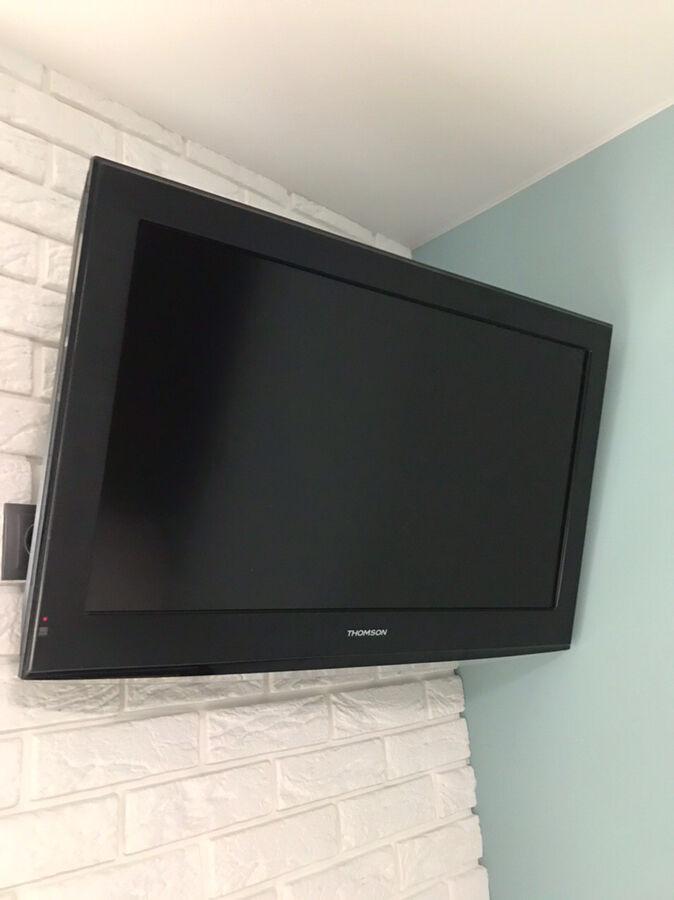 Телевизор THOMPSON 32D12