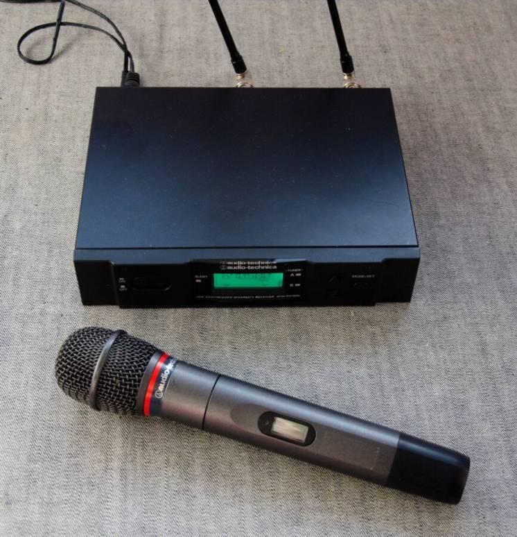 Радиосистема Audio-Technica ATW-3141b з ручним мікрофоном
