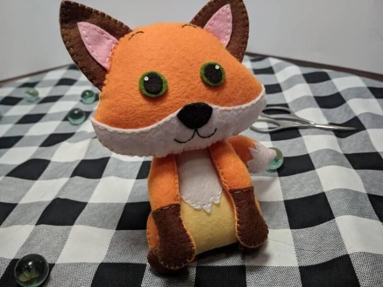 Мягкая игрушка Лисичка из фетра