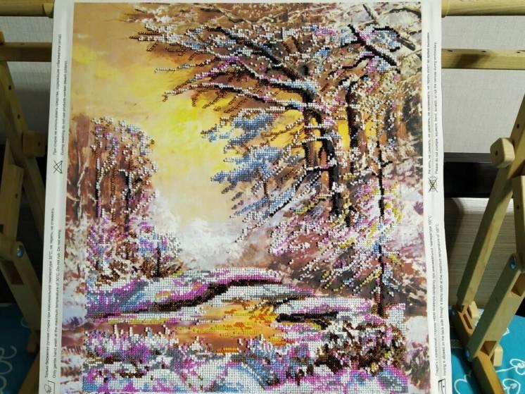Картина вышитая бисером Хрустальная зима