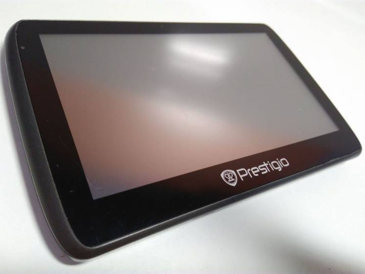 Автомобильный навигатор Prestigio Geovision 5000. Полный комплект!