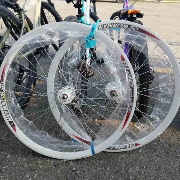 Вело колёса 28 дюймов на двойном ободе фикс Weinmann
