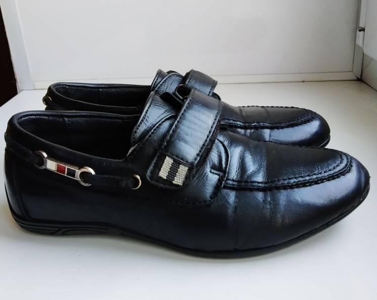 Туфли на липучке мальчику. Размер 30. Идеальное состояние