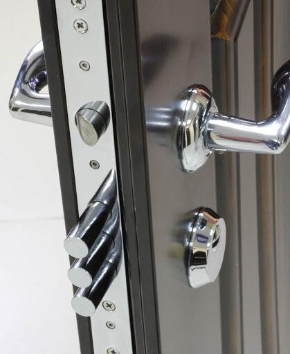 Установка и ремонт/регулировка дверных замков, ручек. Замена сердцевин