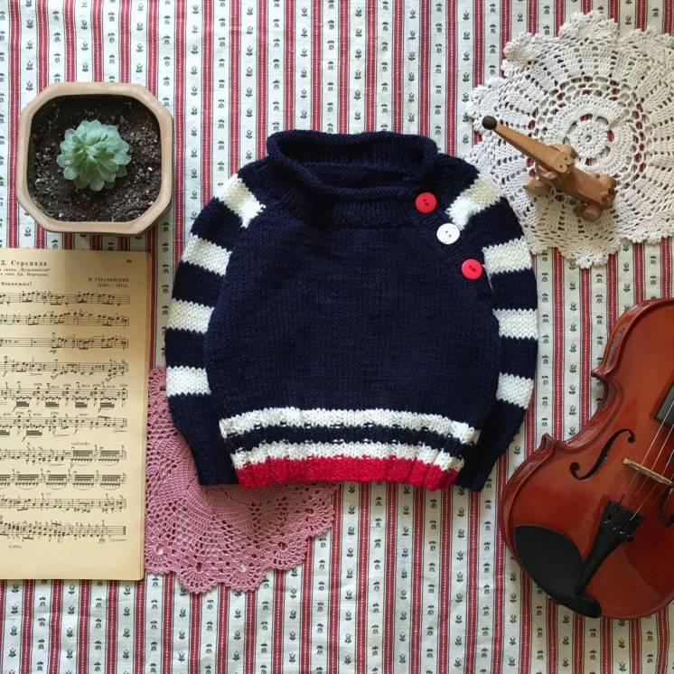Стильный вязаный свитер ручной работы на возраст примерно 1-2 года