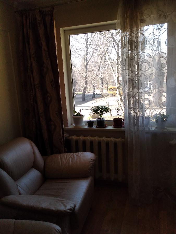 продам 2-комн. квартиру в Калининском районе