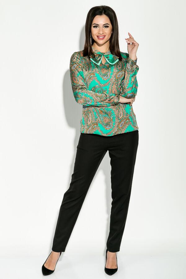 Блузка с бантом шелк зеленый узор S-M.
