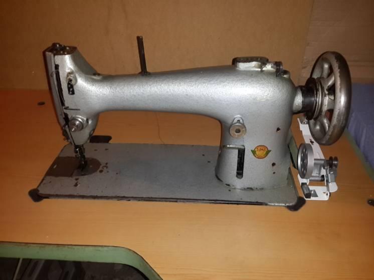 Швейная машина 22 класс, машинка.