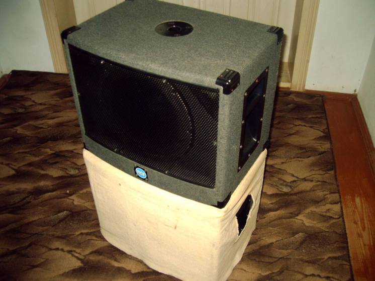 Продам Subwoofer RCF Ps 500 не Electro-Voice Sb122