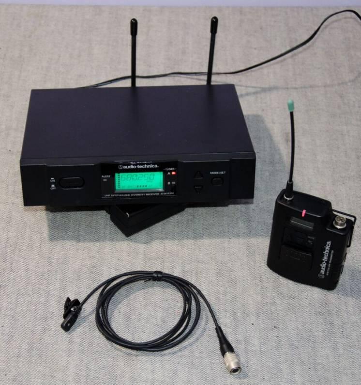 Радіосистема с петличим мікрофоном Audio-Technica ATW-3110