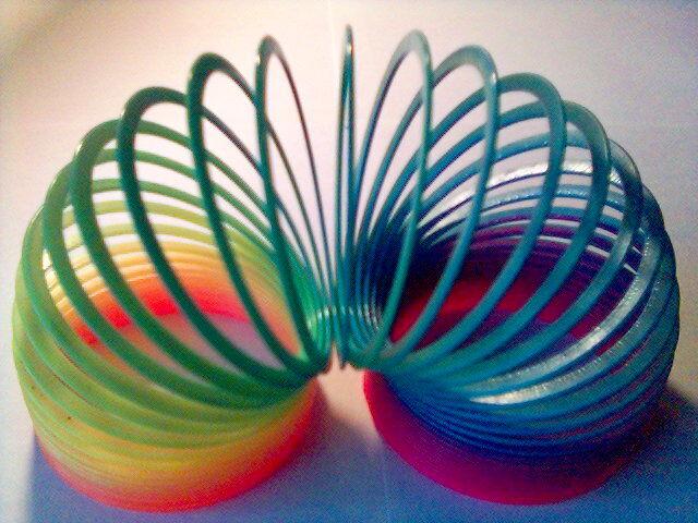 Игрушка пружинка радуга