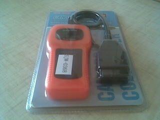 Портативный автосканер U480 OBDII CAN