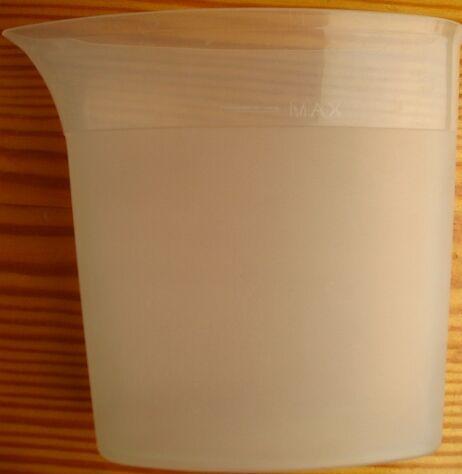 мерный стакан для воды в паровой утюг. пластик. торг