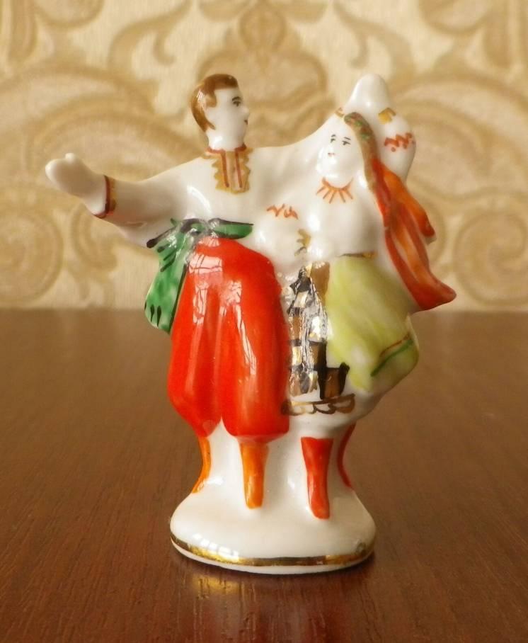 """Статуэтка """"Украинский танец"""" 4,7 см автор Сергеев Барановка"""