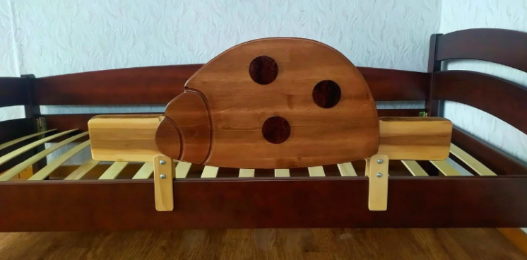 Быстросъемный защитный бортик для детской кровати