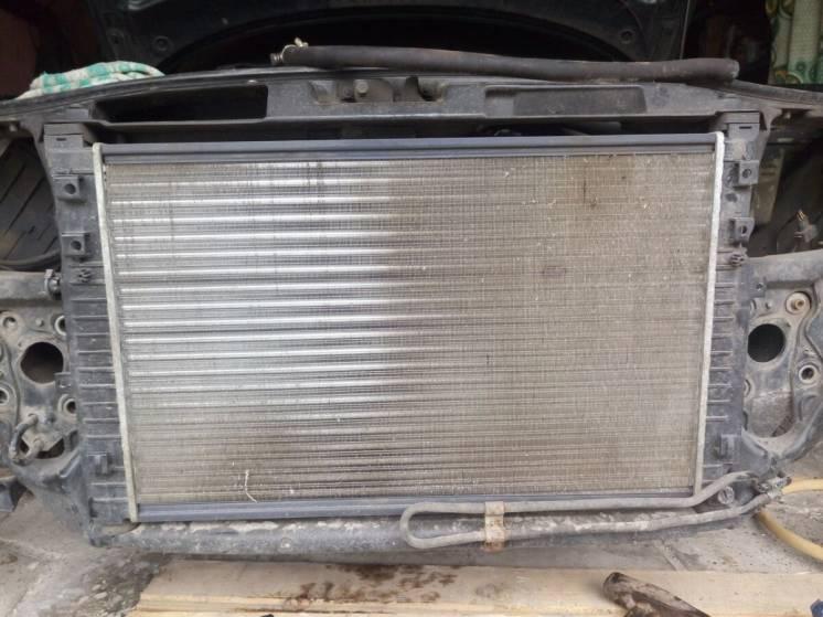 Радиатор Audi a4 b5