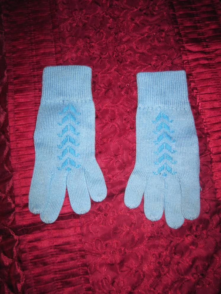 Перчатки осенне-весенние, машинная вязка
