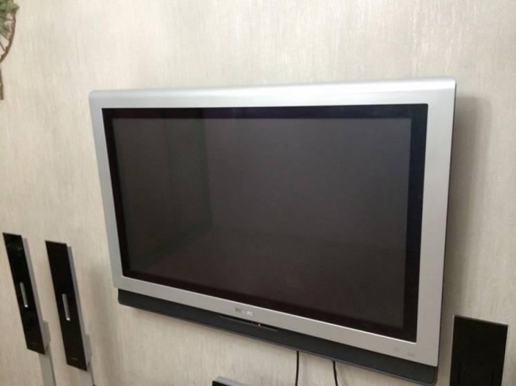 Продам телевизор Philips (Филипс)