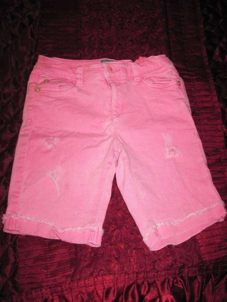 Шорты розовые джинсовые с потертостями и дырками