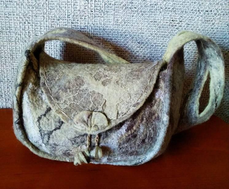 Валяная женская сумочка. Ручная работа.