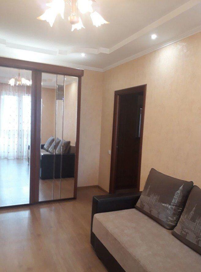 2-х комнатная квартира на Кирова!