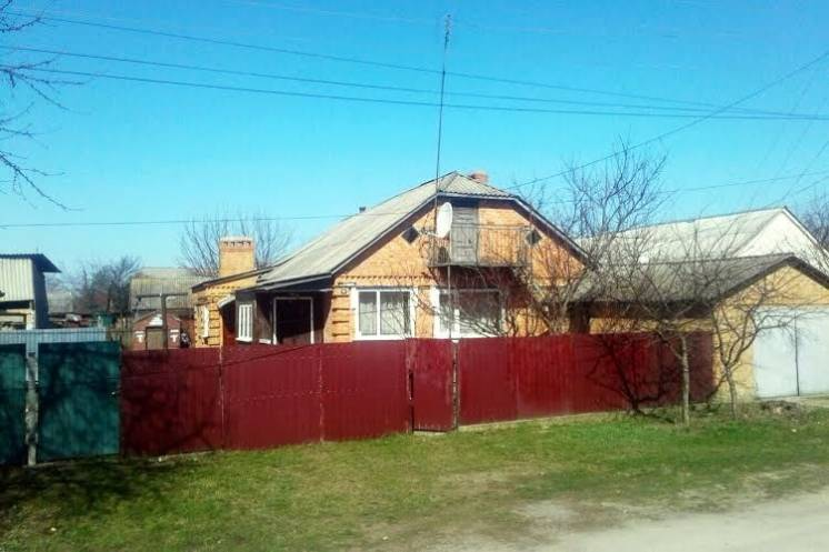 Продам кирпичный дом в курортном городе Хмельник