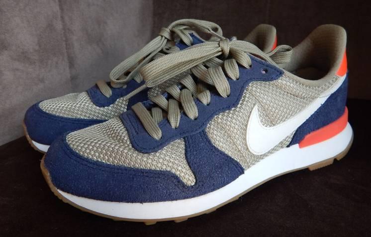 Кросівки бігові Nike Internationalist