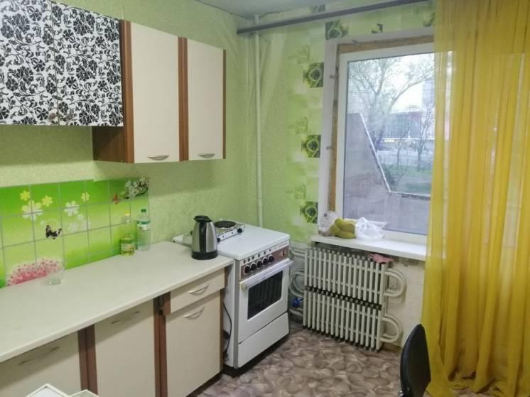 Срочно продам 1 ком. квартиру в высотке на пр. Гагарина район ТЦ Дафи