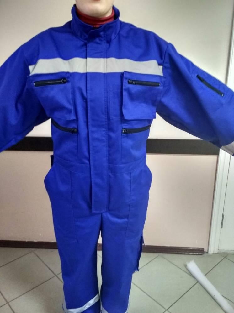 Пошив рабочих костюмов с полукомбинезонов, спецодежды оптом