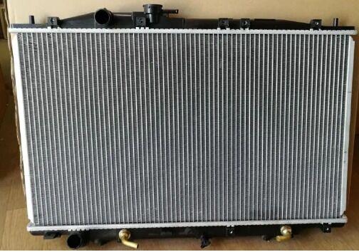 Радиатор охлаждения хонда легенда, Honda Legend KB1