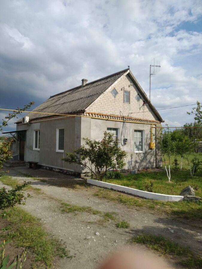 Продам дом за городом в селе Песчанка