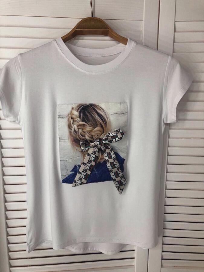 Потрясающая принтированная футболка, украшенная лентой, модный лук 202
