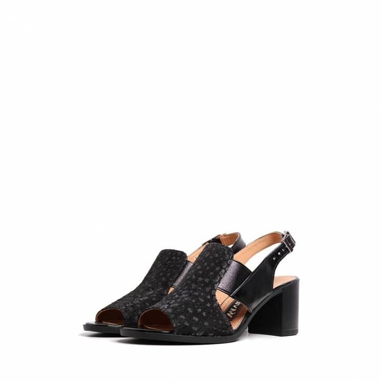 Кожаные женские стильные черные босоножки на устойчивом каблуке