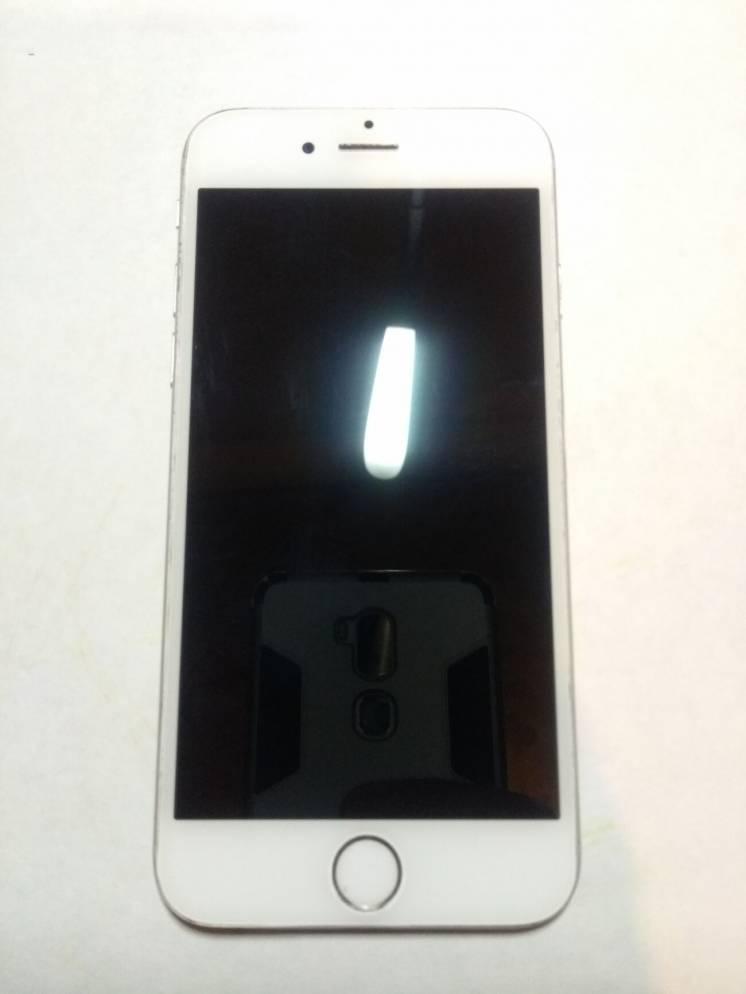 Apple iPhone 6 White  iCloud Lock  на запчастини