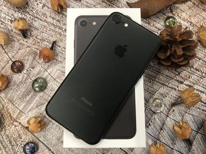 Used IPhone 7 32Gb Black. Гарантия. Neverlock. Рассрочка. Магази