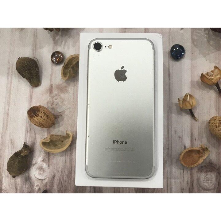 Used IPhone 7 32Gb Silver. Гарантия. Neverlock. Рассрочка. Магазин