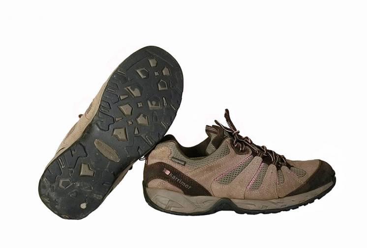 Кроссовки горные. Размер 37.5/24 см.