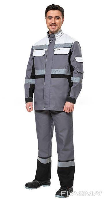 Стильный рабочий костюм инженера