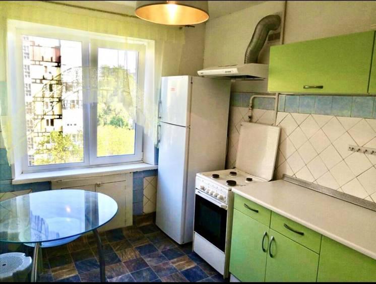 Продается 2-к квартира на Левобережном-3